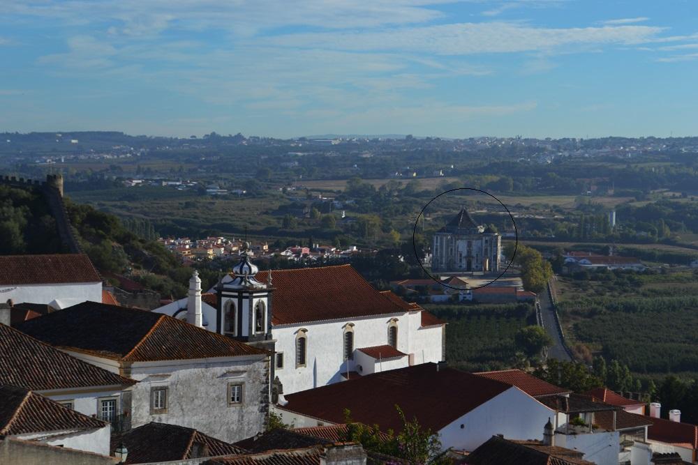 Vista da muralha do Santuário do Senhor da Pedra