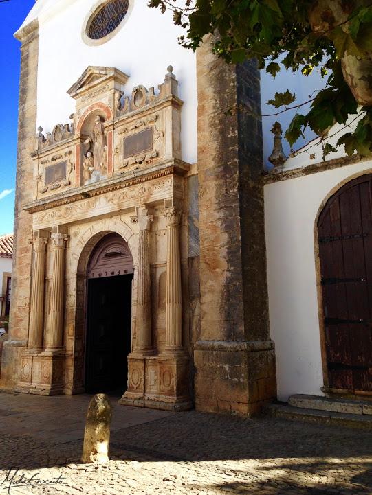 FAchada da Igreja de Santa Maria