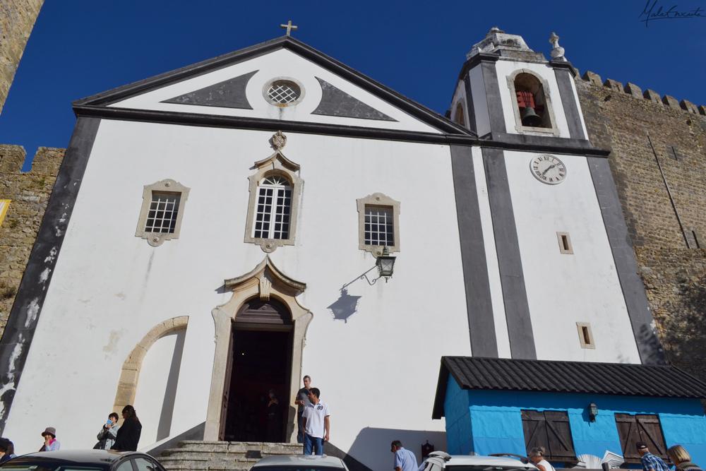 Fachada da Igreja de Santiago