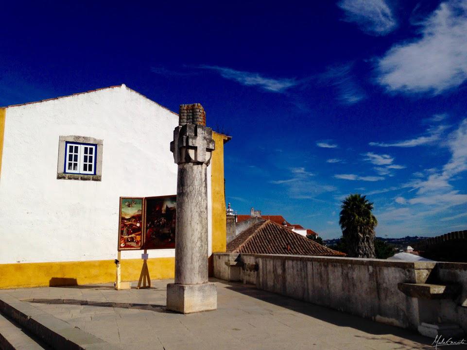 Monumento de homenagem a Camões de autoria de Raúl Lino