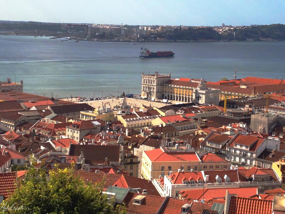Praça do Comércio e o Rio Tejo, vistos do CAstelo de São Jorge