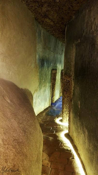 corredor das celas no convento dos capuchos